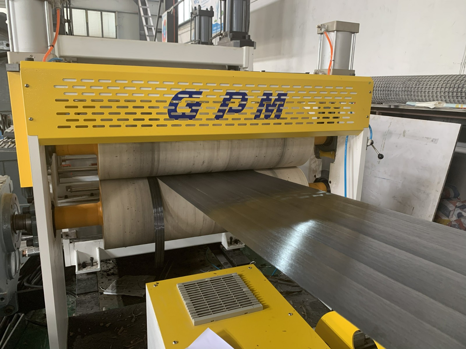 PPS Continuous Carbon Fiber Reinforced Thermoplastic Prepregs Unidirectional Tape Production Line(UD tapes)